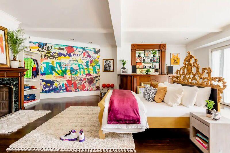 90s TV Mansion Rentals