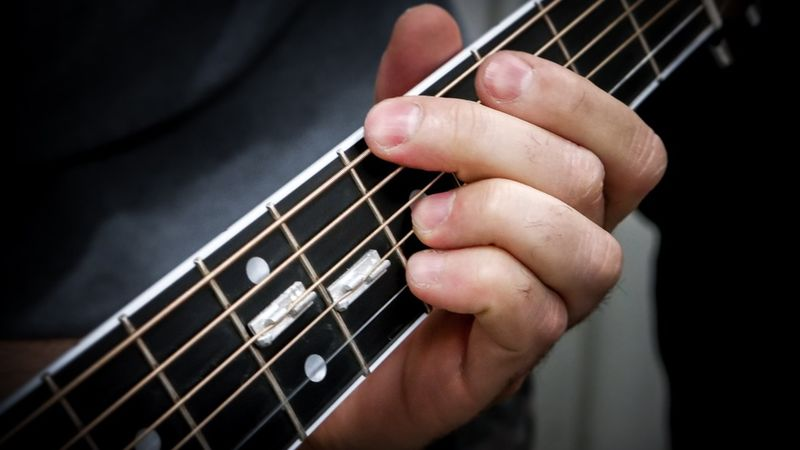 Pitch-Raising Guitar Accessories