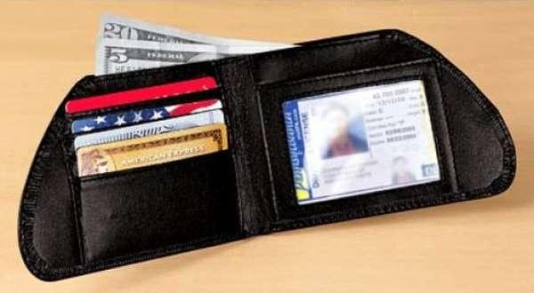 Reversed Wallets