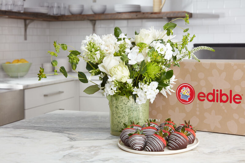 Snack-Paired Bouquets
