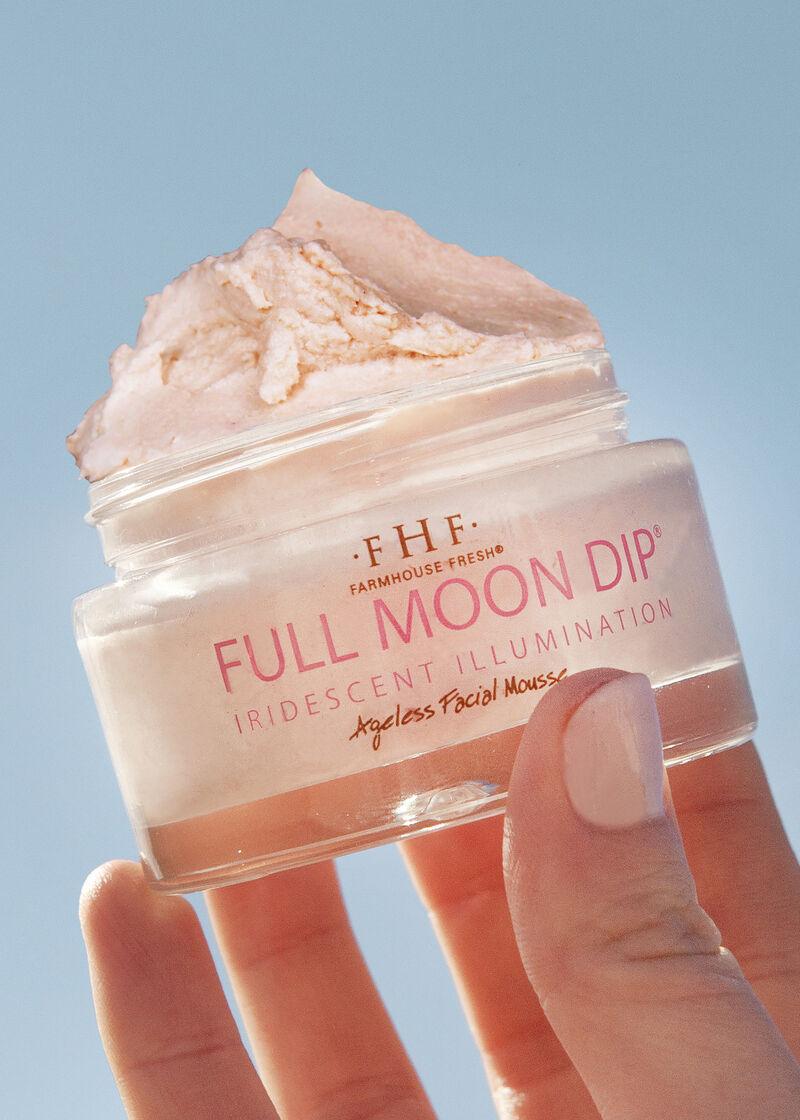 Iridescent Mousse Skincare