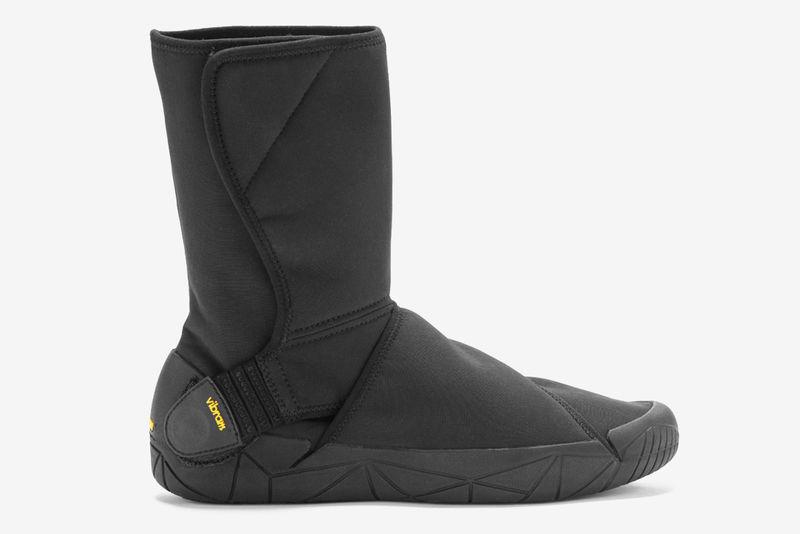 Wraparound Adventurer Footwear
