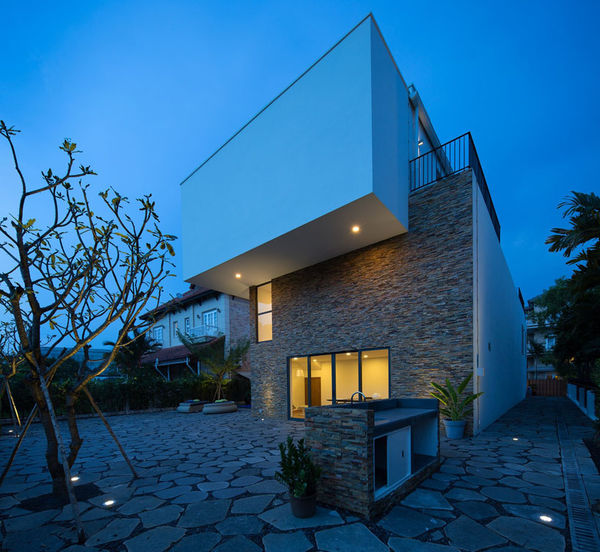 Structural Geometrical Villas