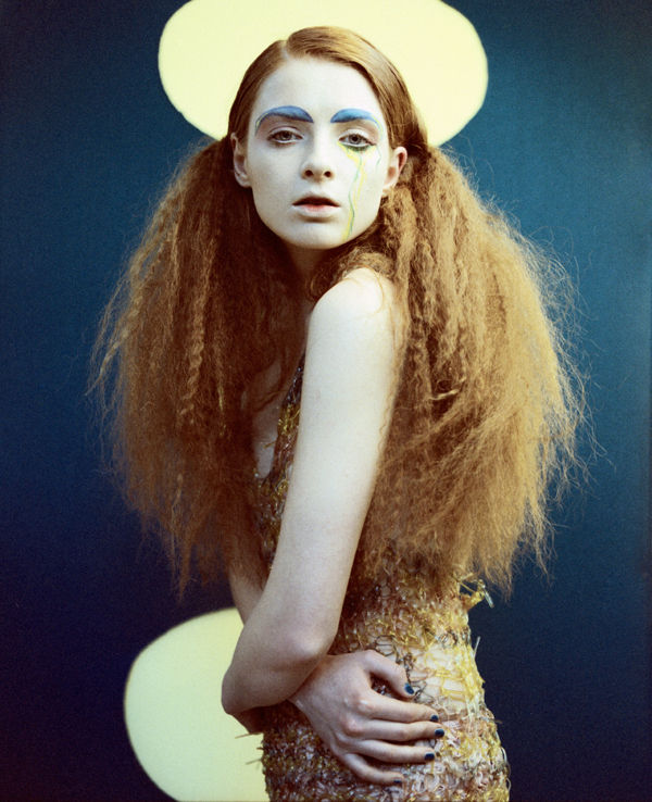 Bird-Like Fashion Photography : Gabriella De Martino