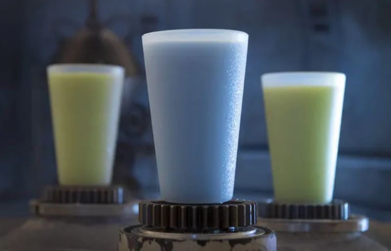 Tropical Movie-Branded Milks