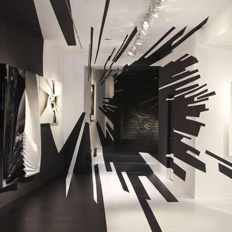 Wormhole Illusion Walls : Galerie Gmurzynska Zurich