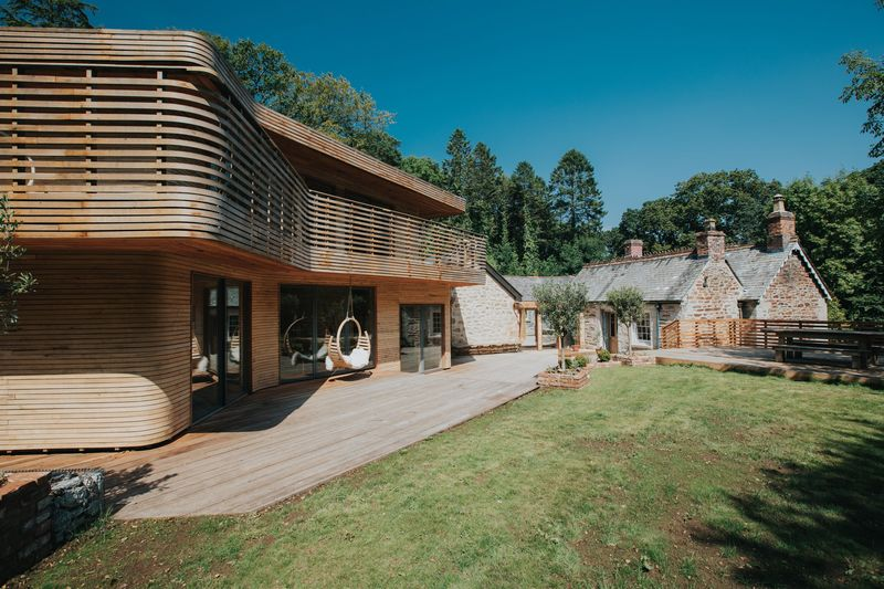 Steam-Bent Wooden Lodges