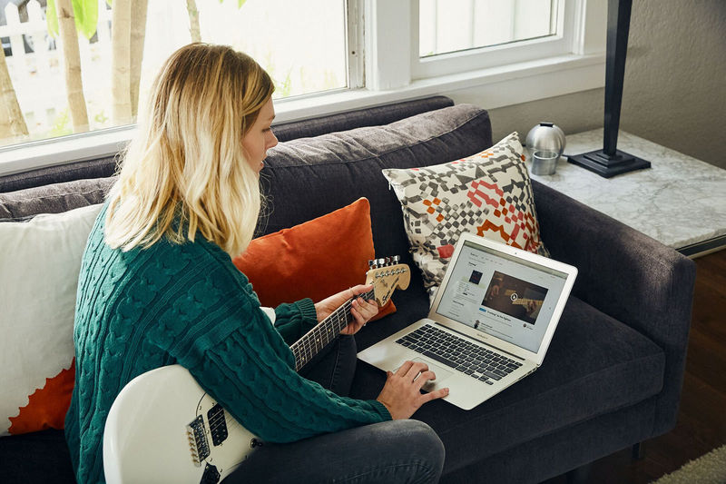app connected guitar lessons gamified online guitar lessons. Black Bedroom Furniture Sets. Home Design Ideas