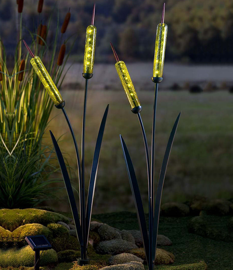 Naturalistic Garden Stake Illuminators