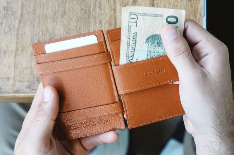 Illusionary Leather Wallets