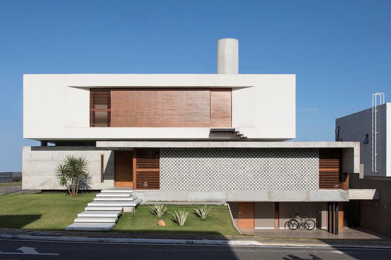 Refined Geometric Modern Houses