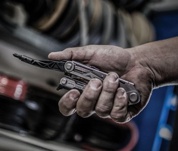 One-Handed Operation Multitools