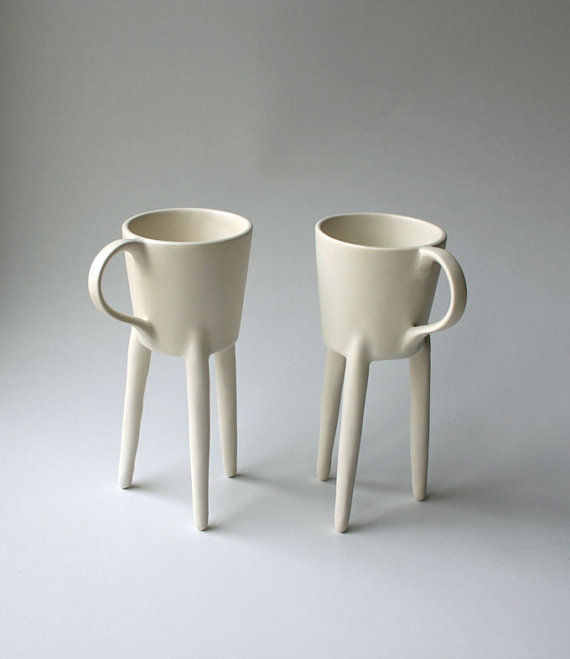 Giraffe-Inspired Mugs