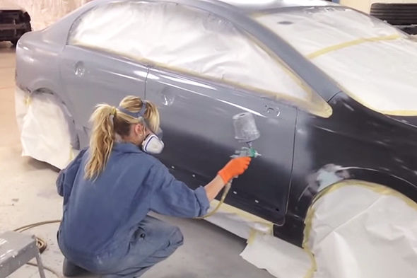 Auto Body Shops >> Female-Only Repair Shops : girls auto shop