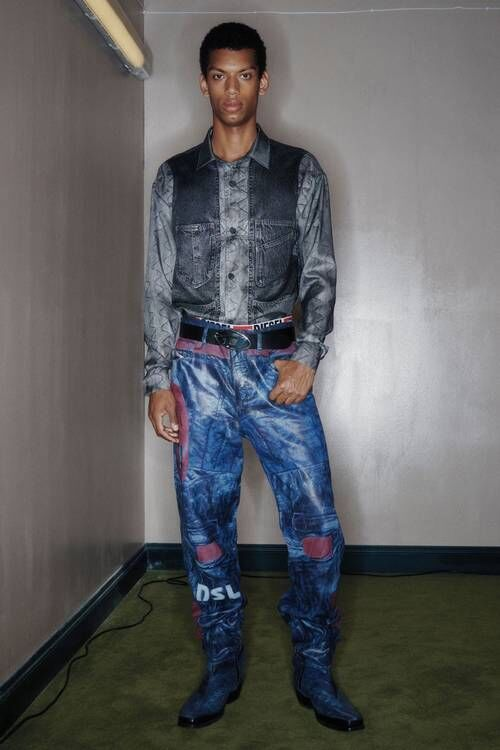 Denim-Committed Spring Fashion