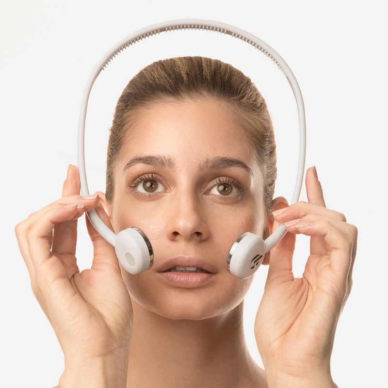 Wearable Skincare Gadgets