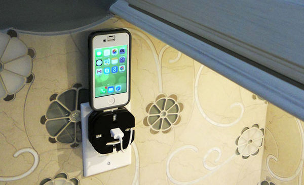 Cleverly Compact Portable Docks