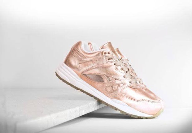 rose gold sneakers gold sneakers. Black Bedroom Furniture Sets. Home Design Ideas