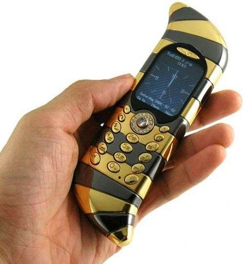 Luxury House With Phone With: Blinged Out Mobiles: Goldvish Luxury Cell Phone Is The