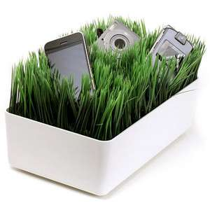 Grassy Gadget Chargers
