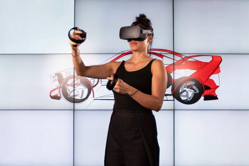 Remote Team VR Interfaces