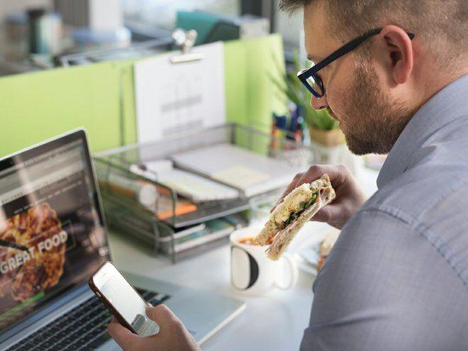 Plastic-Free Sandwich Skillets