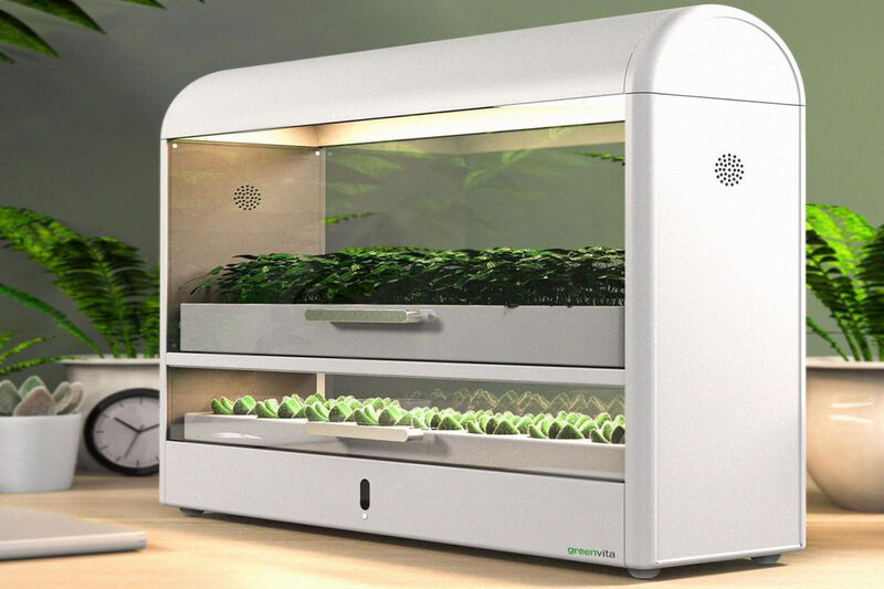 Multilevel Indoor Gardening Systems