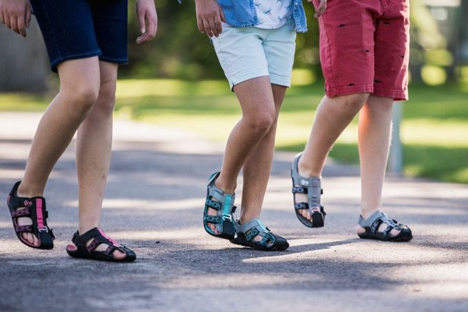 Expanding Adjustable Youth Sandals