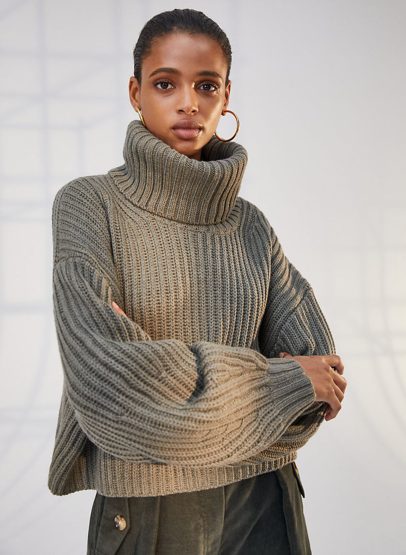 Exaggerated Turtleneck Sweaters