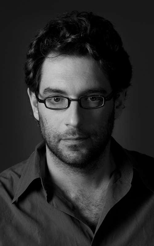 "Hal Niedzviecki, Author of ""The Peep Diaries"" (INTERVIEW)"
