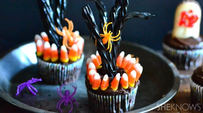 Spooky Tree Cupcakes