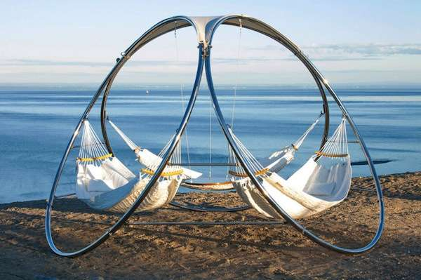 multi hammock summer loungers multi hammock summer loungers   hammocks  rh   trendhunter