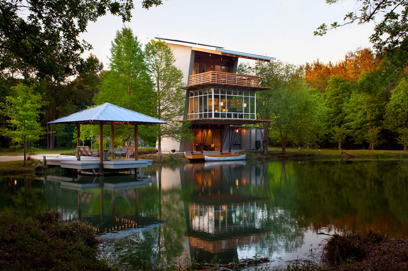 Romantic Pondside Estates