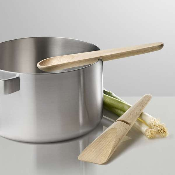 Conveniently Slit Cooking Utensils Hang Around Cooking Set