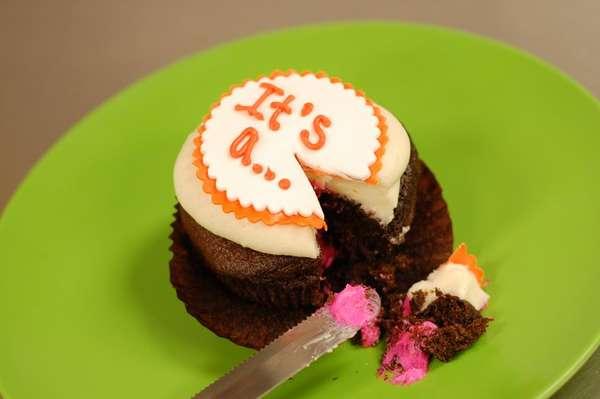 Gender Revealing Cakes