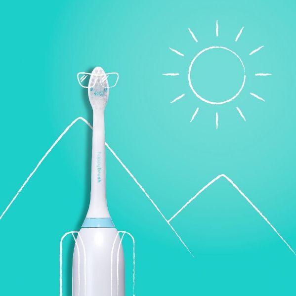 Companionable Teeth Cleaners