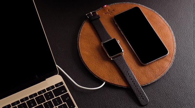 Leather Smartwatch Docks