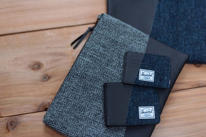 Tweed Holiday Wallets