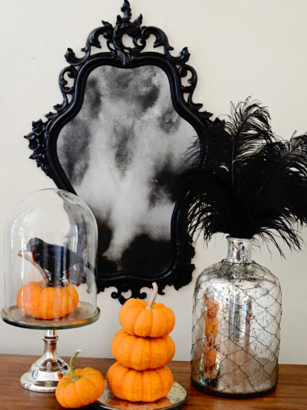 DIY Haunted Mirrors
