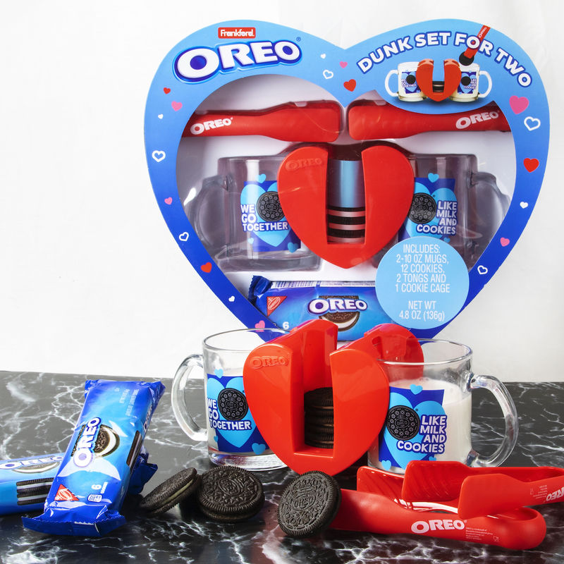Couples-Friendly Cookie Sets