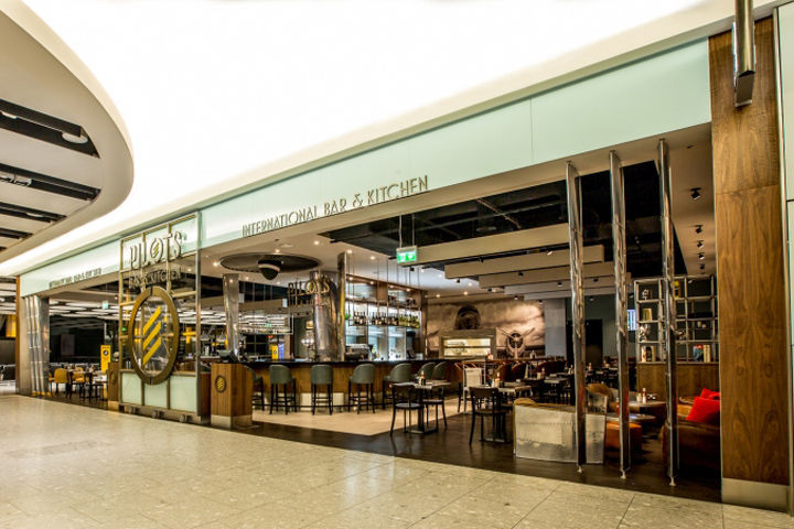 Aviation-Themed Airport Bars
