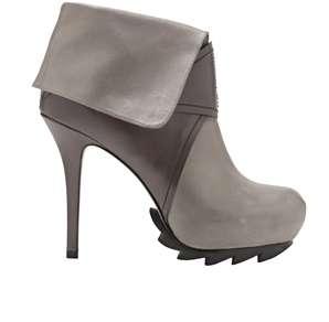 Heavy Tread Heels