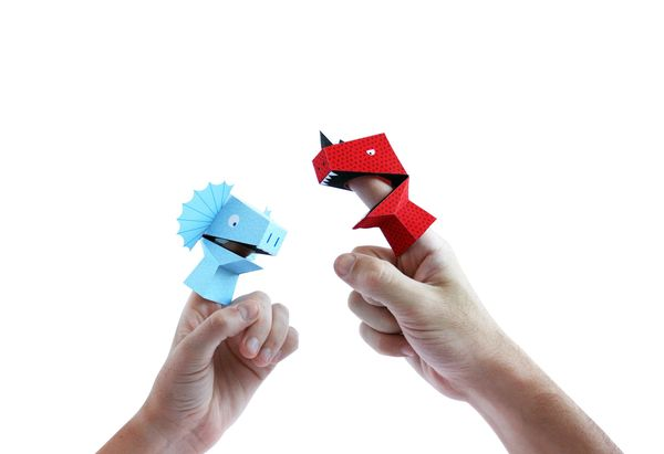 Finger-Fitted Zoo Animals