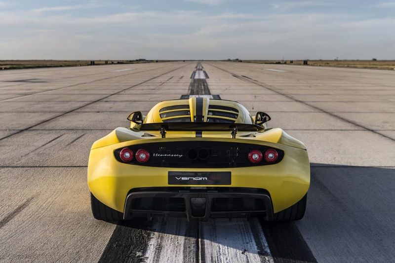 Supremely Speedy Supercars