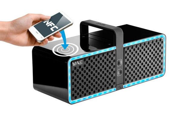 Luminescent Wireless Speakers