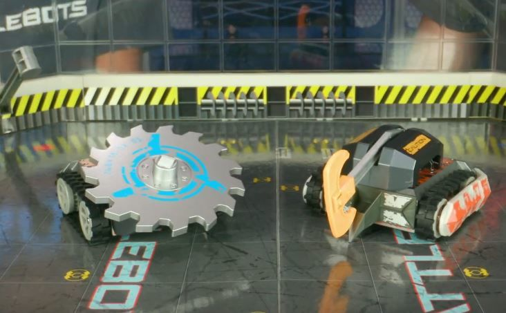 Customizable Battle-Friendly Robots