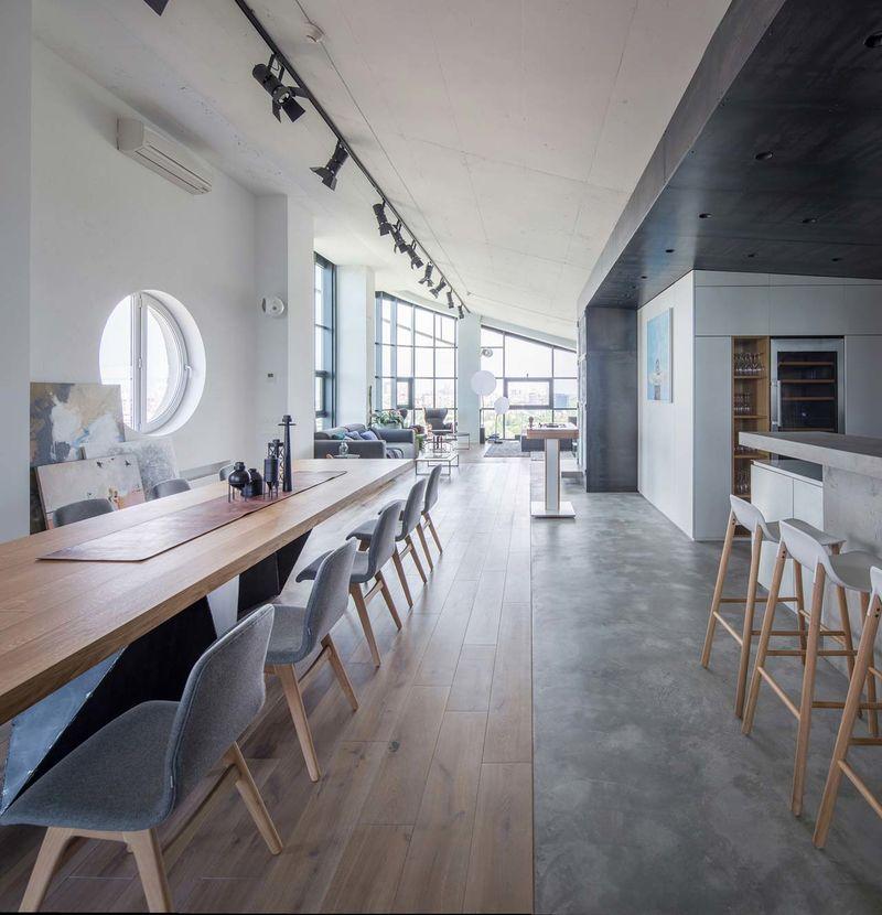 Modern High Ceiling Apartments