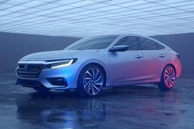 Upscale Sedan Hybrids