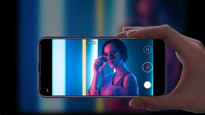 Lux Liquid-Cooled Smartphones