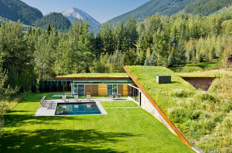 Grounded Mountain Houses